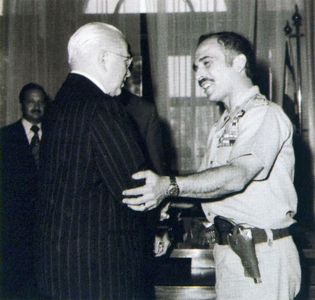 95 hwa%20and%20king%20hussein.jpg