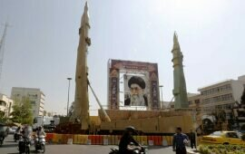 Iran Sends a Message With Display of Nuclear-Capable Missile