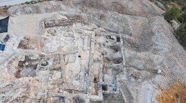 120 Seals Discovered in Excavation of Hezekiah and Manasseh 'Administration Center'